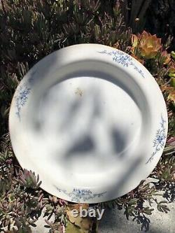 A Chinese antique porcelain pink plate with marks Famille Rose