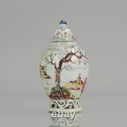 Antique 18C Qing Chinese Porcelain Chine de Commande Small Vase Ajourz