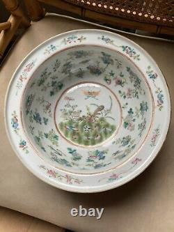 Antique 19th C. Chinese Famille Rose Porcelain Bowl Butterfly Flowers Pink Green