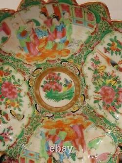 Antique Chinese Rose Medallion Famille Porcelain Scalloped Bowl 10 1/2 19th C