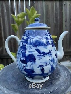 Antique chinese blue and white porcelain Teapot Qing China Asian