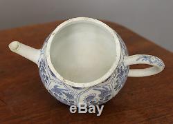 Blue Chrysanthemum Chinese Shipwreck Porcelain Tea Pot and Cover Kangxi c1660