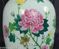 Chinese Porcelain Vase Chrysanthemum Flowers Calligraphy date 1922 Republic